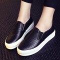 Nuevo de Las Mujeres de Plata Negro Mocasines de Señora PU de Cuero Calzado Casual Mujer Pisos Slip-on de Los Estudiantes Zapatos Transpirables envío libre