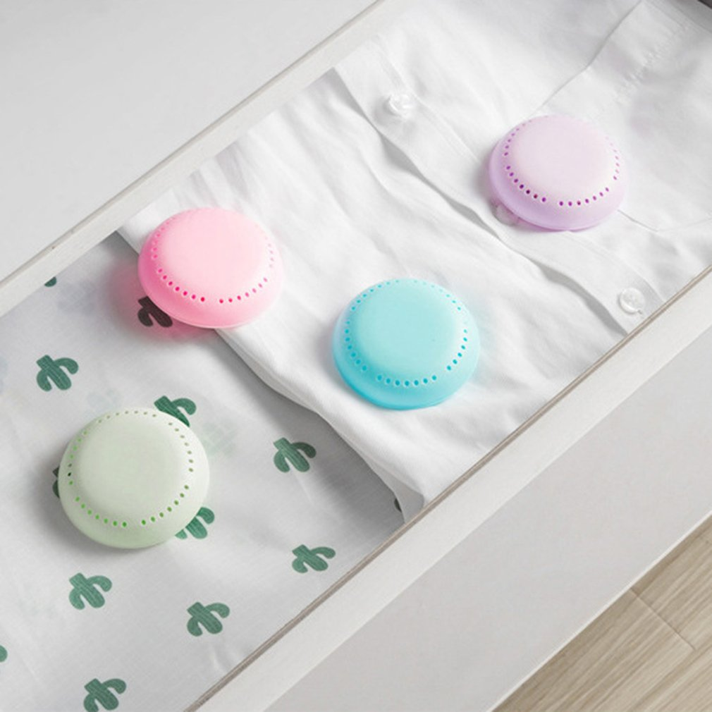 Paste Scented Petal-type Candy Paste Aromatherapy Box Car With Creative Car Scent Air Freshener Car Accessories
