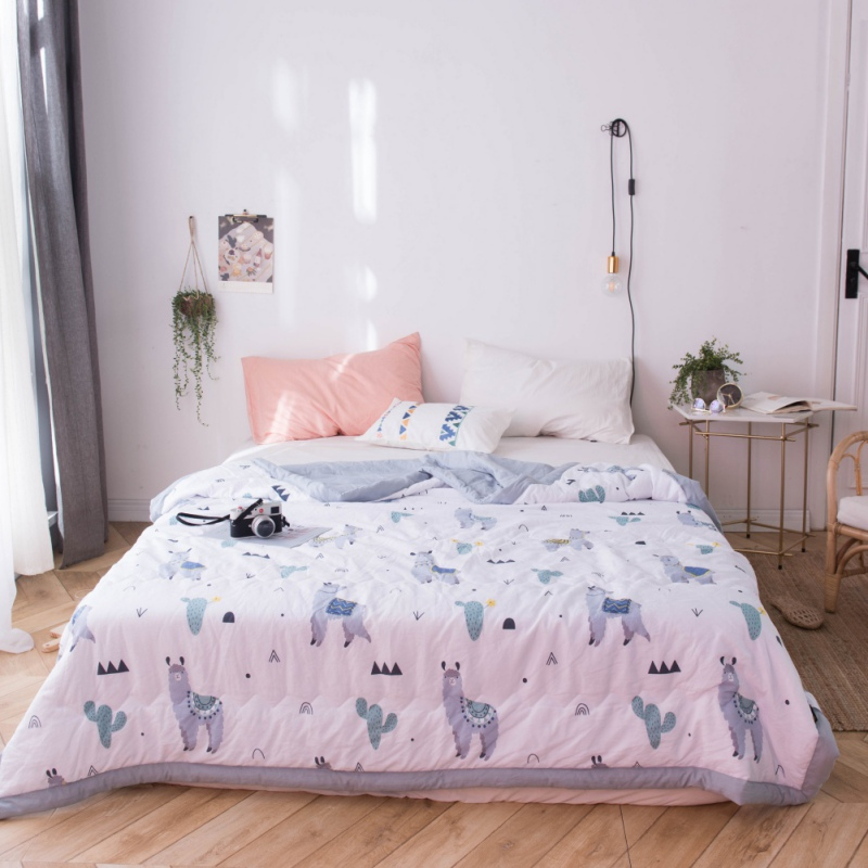 Thin Lightweight Blankets Bedding Quilt Air Conditioner For Two People In Summer Double Summer Printed Air Conditioner 200*230CMThin Lightweight Blankets Bedding Quilt Air Conditioner For Two People In Summer Double Summer Printed Air Conditioner 200*230CM