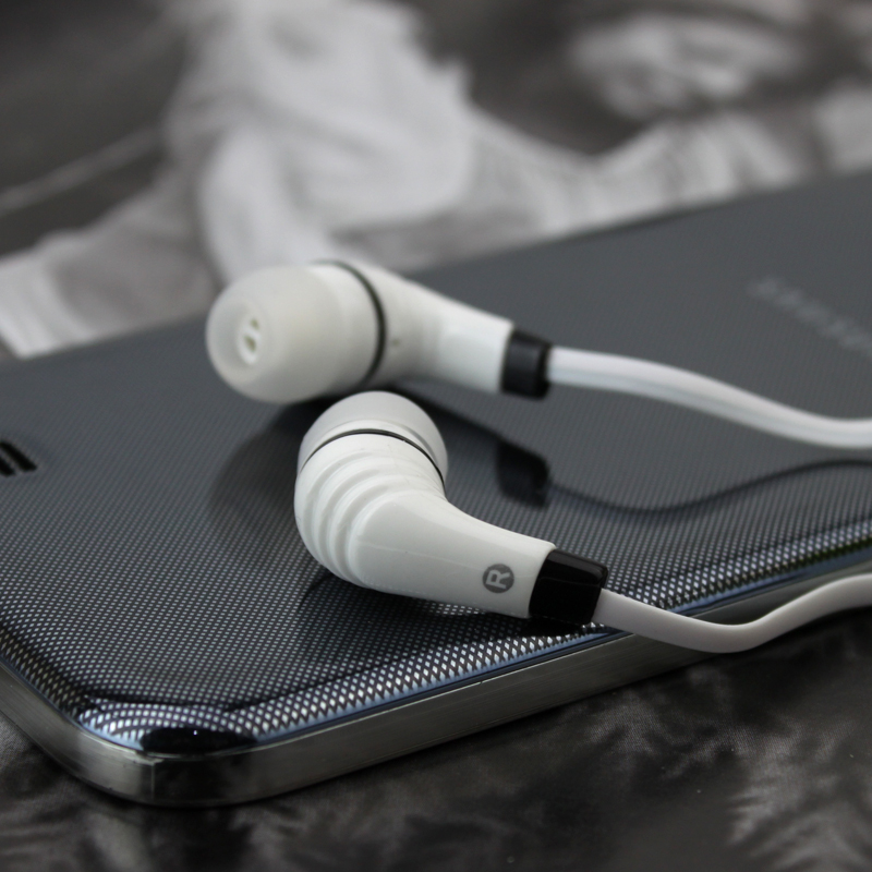 High quality Stereo earphone Headphones handsfree In-ear Headset 3.5mm MIC Earbuds For iPhone Samsung mp3 all mobile phone high quality 2016 universal wireless bluetooth headset handsfree earphone for iphone samsung jun22
