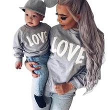 Autumn Winter Family Matching Sweatshirt Sweaters Mom Mother and Baby Daughter Clothes LOVE Pringing Mama Family Clothing WD2