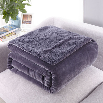 Thickened winter nap air Conditioning office blanket Pure Color Lamb blanket warm adult throws lid soft comfortable fluffy cover