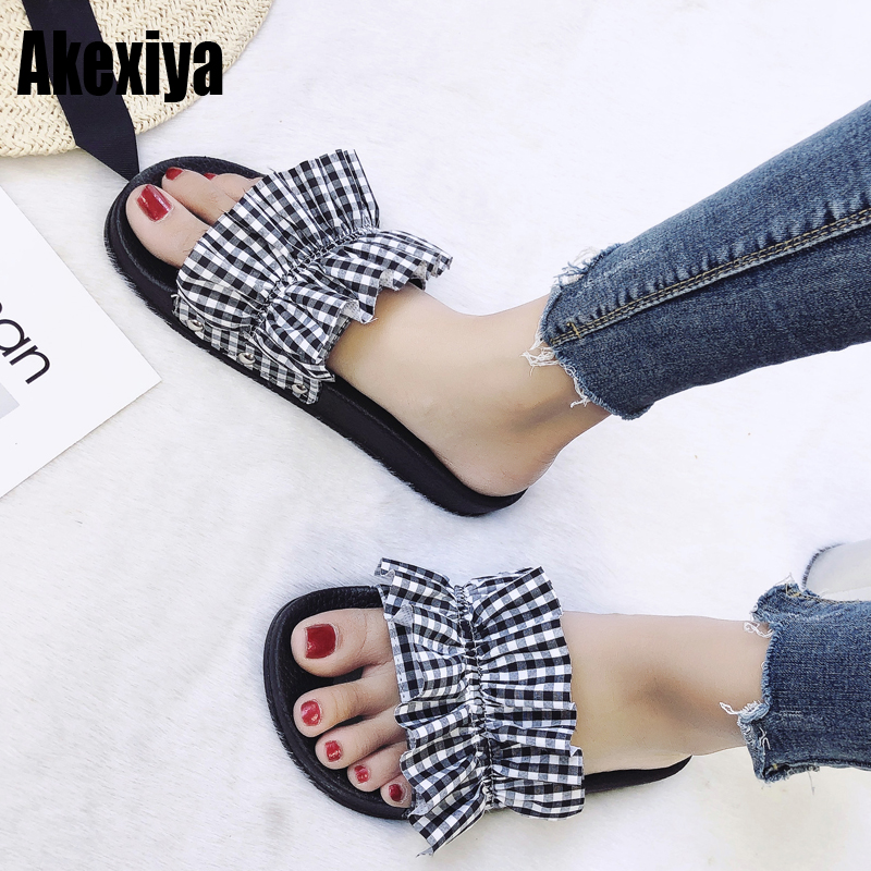 Summer fashion Flat land sandals fish mouth striped plaid ruffled comfortable slippers beach shoes White black f194 Summer fashion Flat land sandals fish mouth striped plaid ruffled comfortable slippers beach shoes White black f194