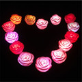 30 unids/lote belleza Flashing Light up Multi-Color cambio romántica flor de Rose LED de la noche que brilla intensamente party toys boda