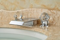 LED Color Chorme Deck Mounted Shape Bathtub Faucet Two Crystal Handles Mixer Tap