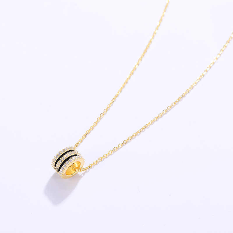 Sterling Silver Necklace Girls Classic Fine Jewelry Circle Pendant Necklaces Simple Designe Zircon Bridal Wedding Neck Chains