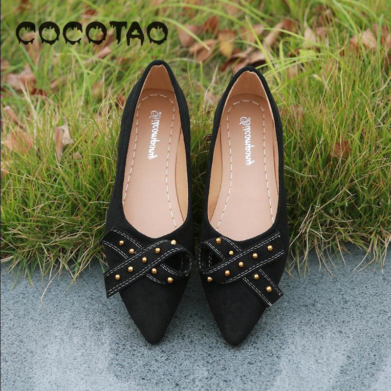 Flat-soled Womens New Spring Soft-soled Lady Shoes Fashion Korean Edition Butterfly Riveted Shoe With Shallow Point15