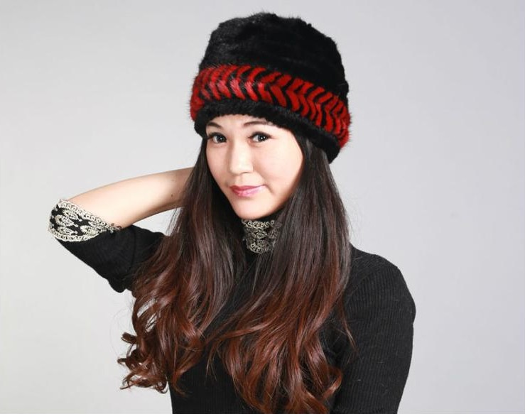 H312 Wholesale luxury winter warm natural mink fur beanie with ear protector brown red black color