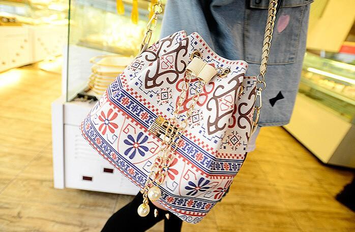 flower small cross-body bag1