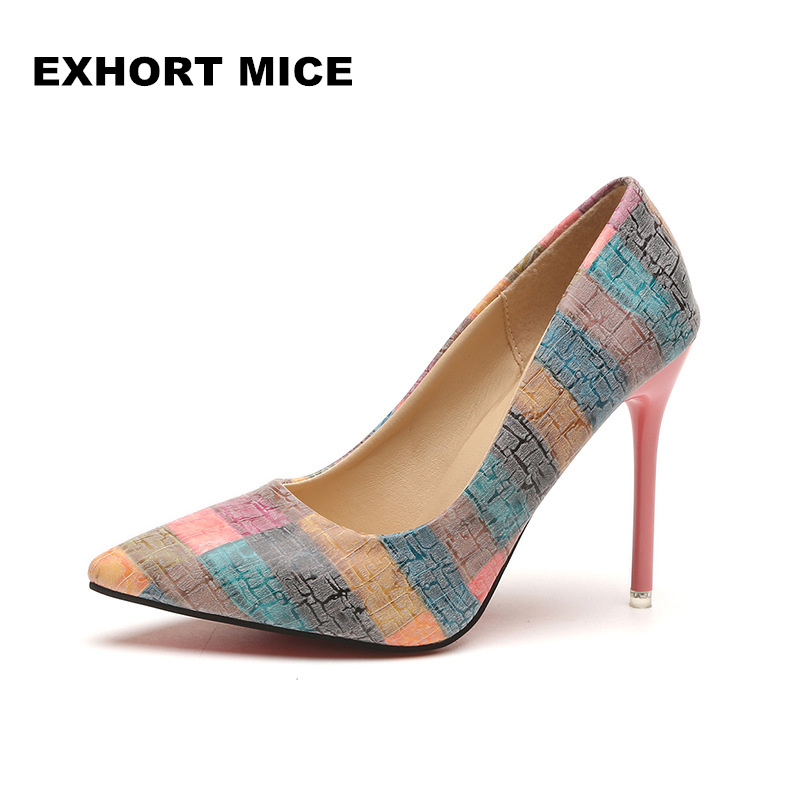 Size 34-43 New 2017 Women pumps Fashion pointed toe patent leather  high heels Spring autumn wedding shoes women Zapatos Mujer big size sale 34 43 new fashion sexy pointed toe women pumps spring summer autumn high heels ladies wedding party shoes 6629