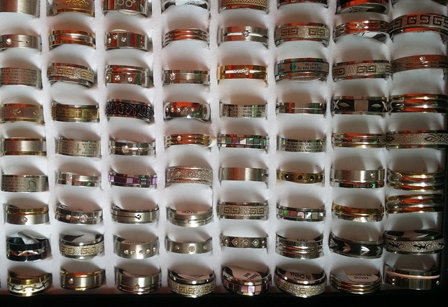 wholesale 100pcs mixed styles quality stainless steel mens womens jewelry band spinner rings