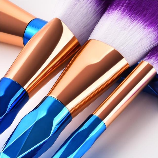 7Pcs Diamond Makeup Brushes Set Foundation Blending Powder Eyeshadow Contour Concealer Blush Cosmetic Beauty Make Up Tools