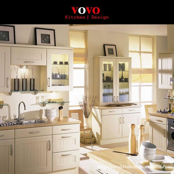 blanco gabinetes de cocina de madera maciza con encimera de madera
