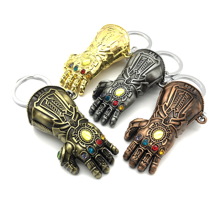 Hot Movie Infinity War Thanos Avengers Gloves Keychain Infinity Gauntlet Keychain Key Ring Cosplay Accessories Badge