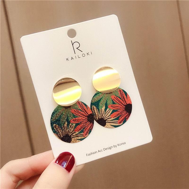2019 New Vintage Flower Round Wafer Statement Geometric Earrings For Women Fashion Jewelry Drop Earings Wholesale