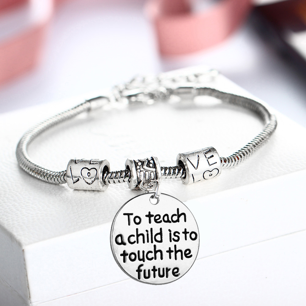 12PC/Lot Vintage Love Beads Bracelets Teachers Bangle Teach A Child Is To Touch Future Women Teacher School Party Jewelry Gifts