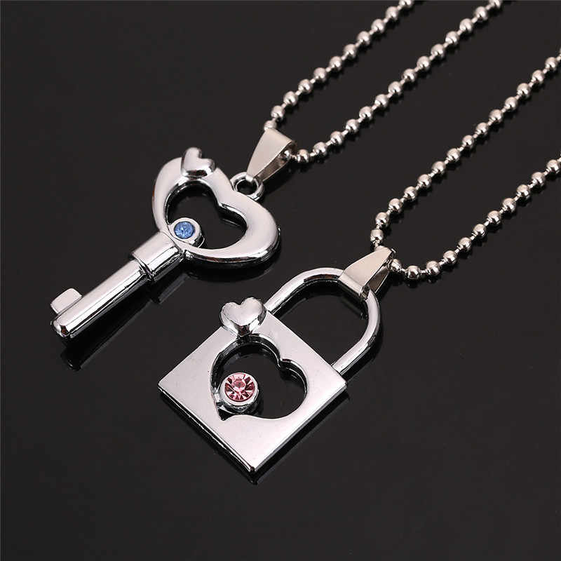 2 PCS/Set, New Couple Necklace for Women and Men Hollow Key Lock Pendant with Crystal Paired Necklace Gifts for Girlfriend
