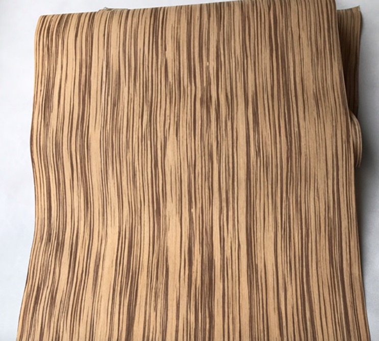 L:2.5Meters/pcs    Wide:55cm Thickness:0.2mm  Technology Zebra Straight Grain Wood Veneer