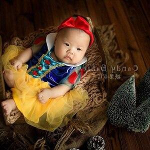 Одежда для новорожденных с героями мультфильмов, реквизит для фотосъемки новорожденных, Белоснежка, повязка на голову + платье принцессы, к...