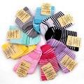 Venta caliente Clásico de La Moda Otoño Invierno de Rayas de Impresión Mujeres Calcetín Caliente Colores Multi Calcetines Respirables Cómodos Envío Libre