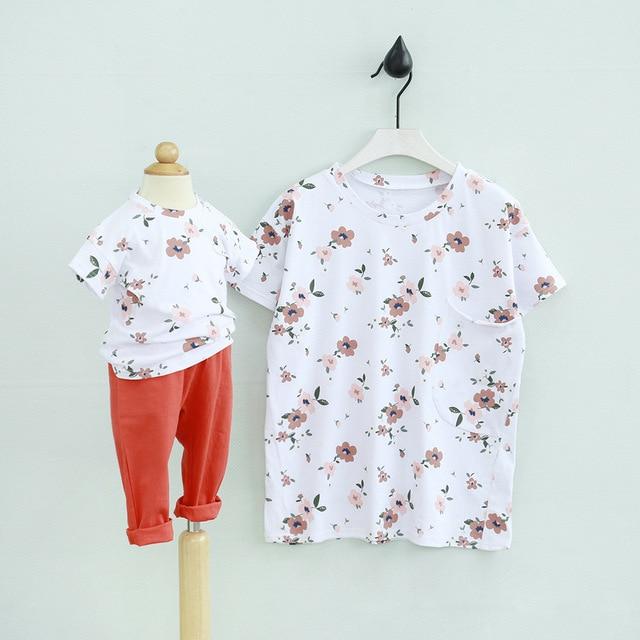 Новый мать и детская одежда хлопок мать дочь соответствующие летом майка цветочные коротким рукавом свободного покроя рубашки карман рубашки