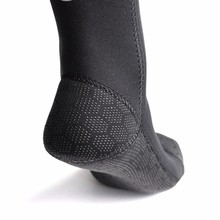 1 pair 3mm Swimming Boot Socks Scuba Wetsuit Neoprene Diving Socks Prevent Scratches Warming Snorkeling Socks