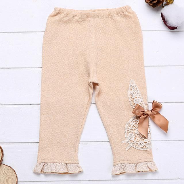 Bebê recém-nascido Menina 100% Algodão Calças Compridas com Bonito Dos Desenhos Animados Lace Flor Leggings Calças Roupas Infantis Primavera Bebê pantalon bebê