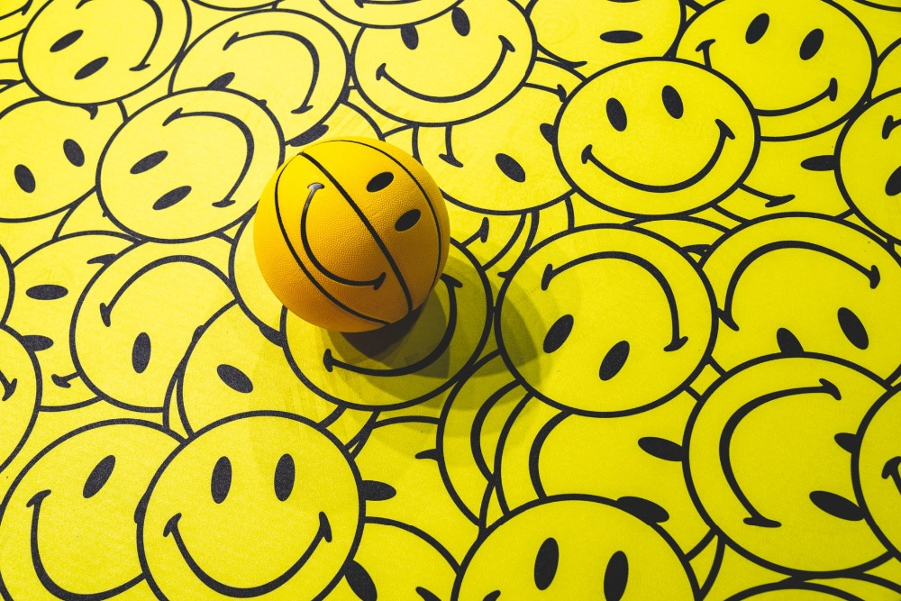 smiley Basketball Ball PU material Official Size7 Basketball men s basketball Indoor and Outdoor Decompression basketball
