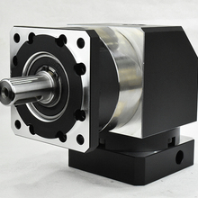 Haakse 90 Graden Planetaire Versnellingsbak Reducer 7 Arcmin 1 Stage Ratio 3:1-10:1 Voor Nema34 Stappenmotor Ingang as 14 Mm