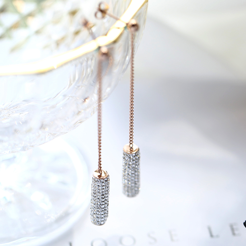 YUN RUO 2018 Fashion Tassel Crystal Round Column Stud Earring Rose Gold Color Woman Gift Titanium Steel Fine Jewelry Never Fade
