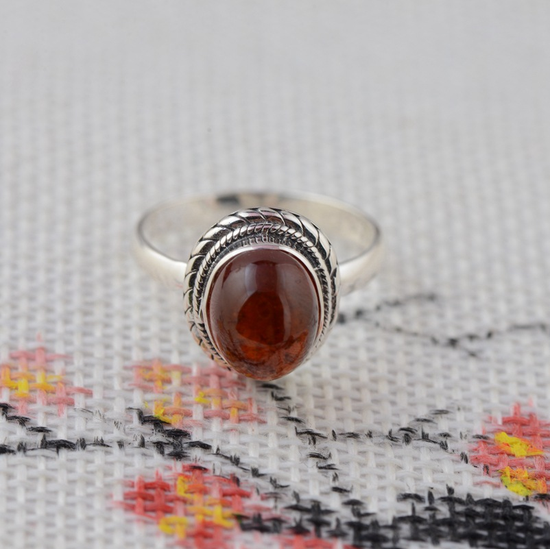 Natural Garnet Ring S925 silver inlaid silver wholesale antique style women's classic style s925 silver antique style men open world peace ring