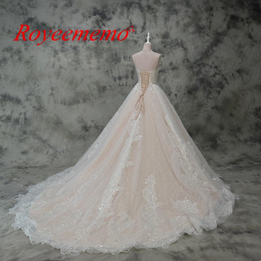 varm försäljning rosa satin av axeln speciella spetsar design - Bröllopsklänningar - Foto 3