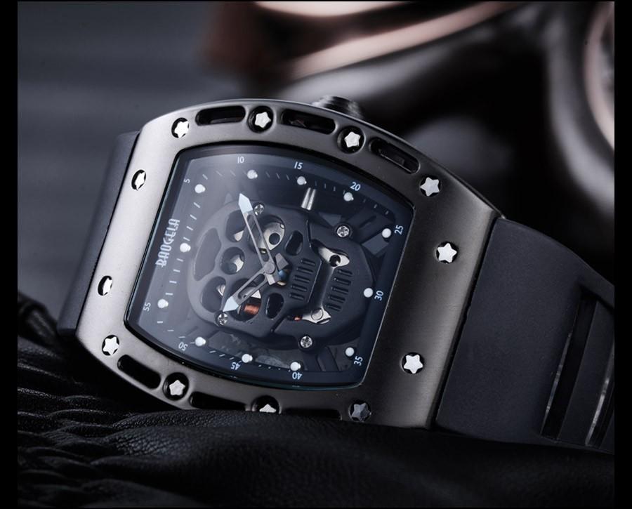 _12 montres Style squelette crâne lumineux