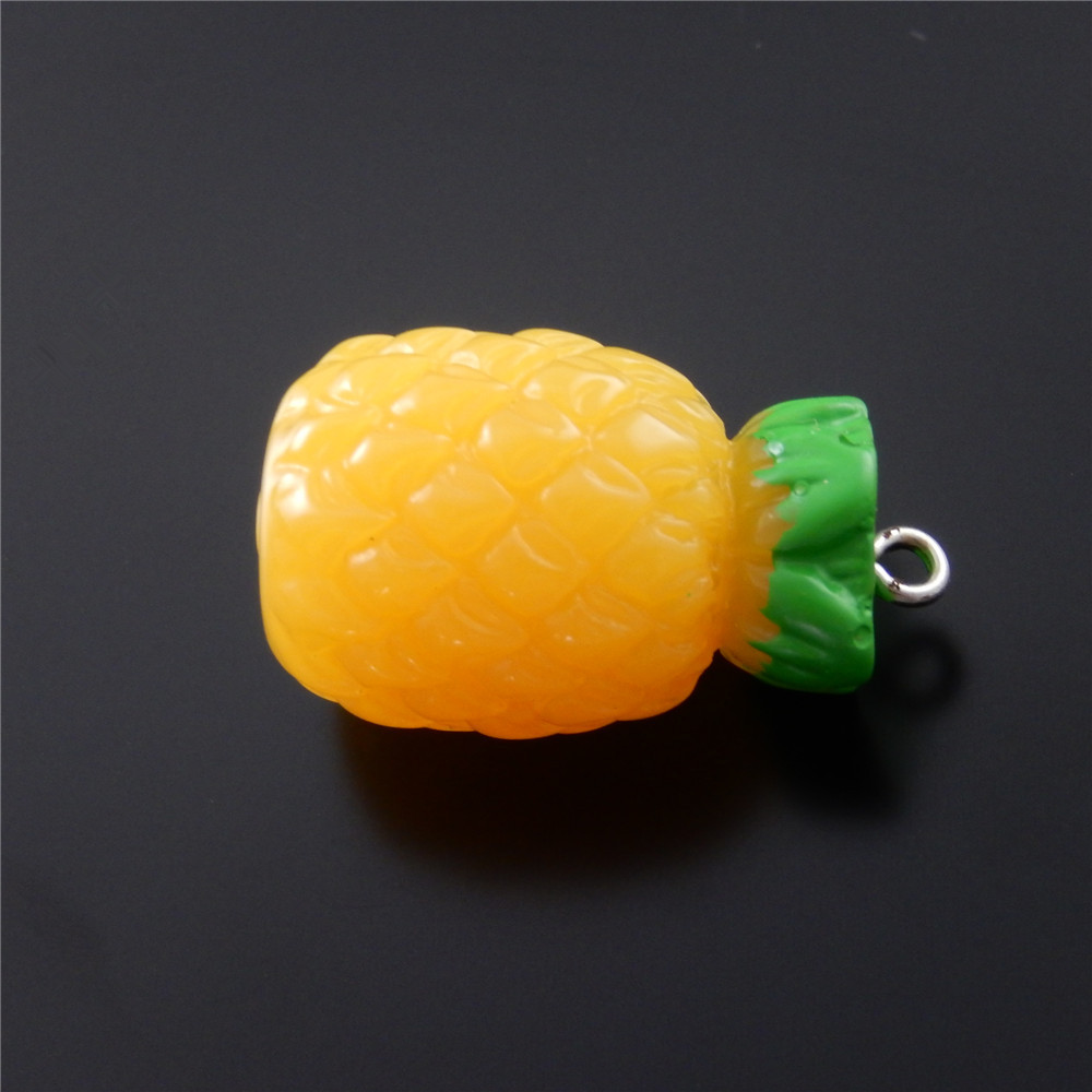 5pcs/pack Resin Pineapple Fruit Jewelry Making Baby Necklace Handbag Pendant Charm Popular Key Bracelet Accessory 30*17mm 51578