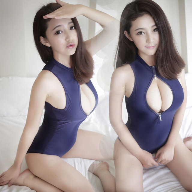 japonais maillot de bain sexe Sexy blonde pipe