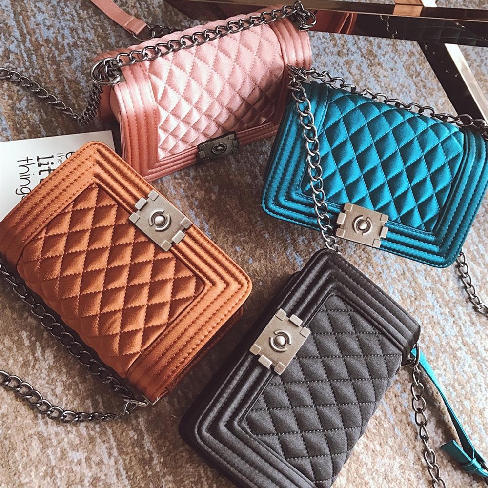 fe84738211f4 Роскошные сумки женские дизайнерские сумки на плечо бархатные сумка  мессенджер на цепочке маленькие сумки через плечо для женщин 2019 bolsa .