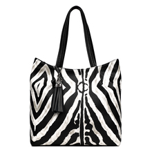 2019 New design Women Big handbag genuine Leather bag female Fashion animal pattern Hobo bags High Quality Women Tote Bag ladylike women s tote bag with animal pattern and color block design