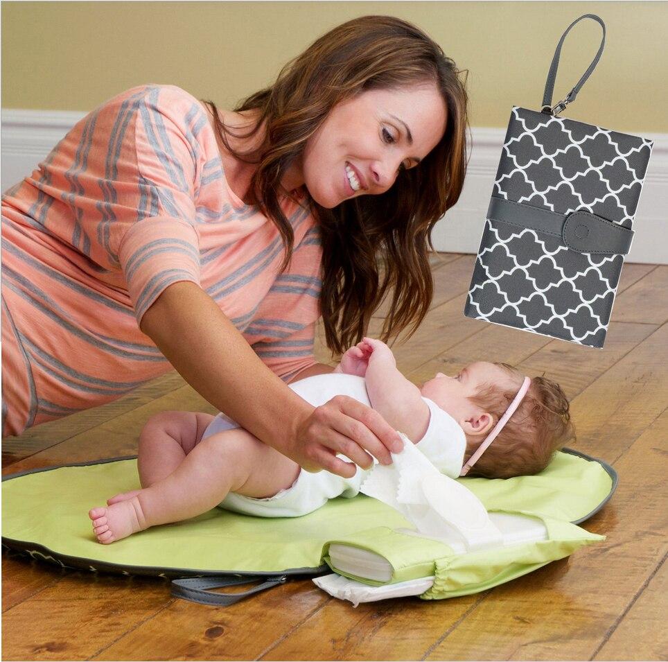 Bebé impermeable cambiador hoja portátil cambiador de pañales Mesa viajes cambiando estación Kit pañal embrague cuidado