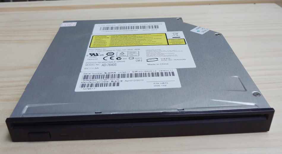 Dell Studio XPS 1647 Notebook OPTIARC AD-7640S DVDRW Windows 8