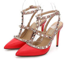f75287bcb Mulheres marca Bombas de Sapatos de Casamento Mulher sapatos de Salto Alto  Moda Nu Tiras no tornozelo Rebites Sapatos Sexy de Sa.