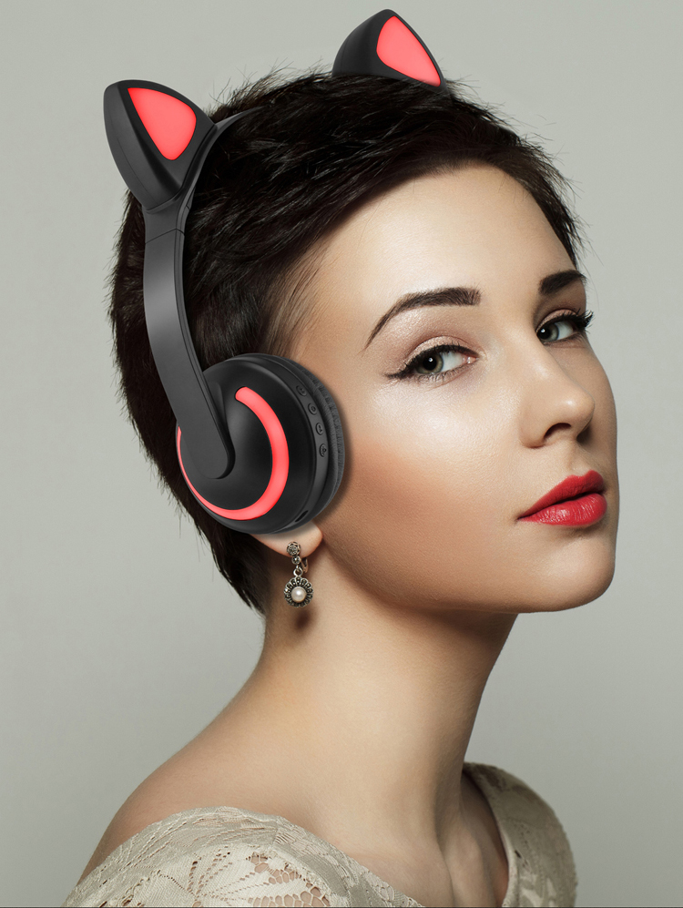 <font><b>Cat</b></font> ear shaped <font><b>headphone</b></font> wireless earphone <font><b>Bluetooth</b></font> v4.2 headset with 7 colors breathing light and stereo BASS sound for phones image