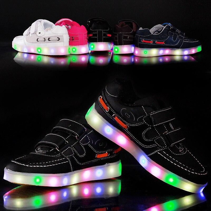 В Рождественский подарок Обувь для мальчиков и Обувь для девочек Перезаряжаемые детские светящиеся огни доска Обувь красочные открытый Об...