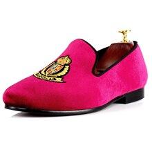 Harpelunde Модная Мужская обувь бордовый плоские туфли вышитые вельветовые Лоферы ручной работы Принц Альберт тапочки Размеры 7–14
