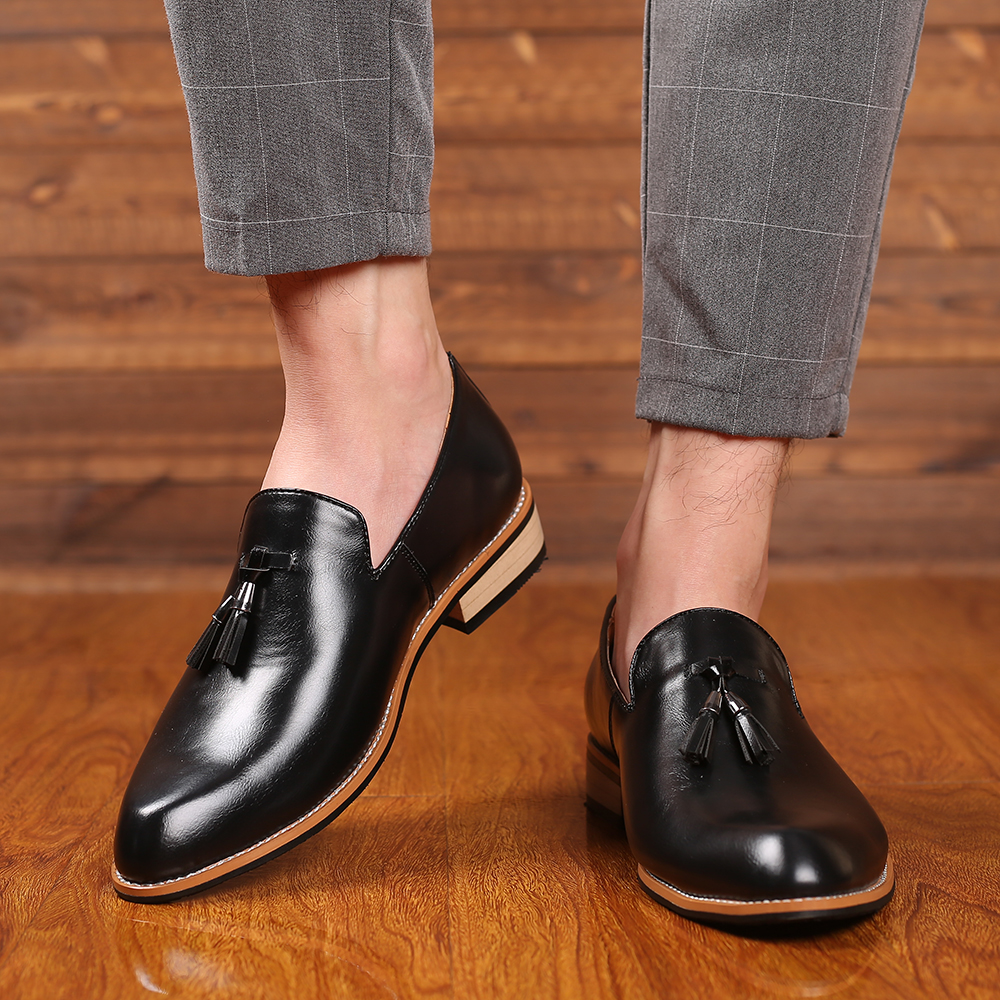 Men Dress Shoes Gentlemen British Style Paty Leather Wedding Shoes Men Flats Leather Oxfords Formal Shoes