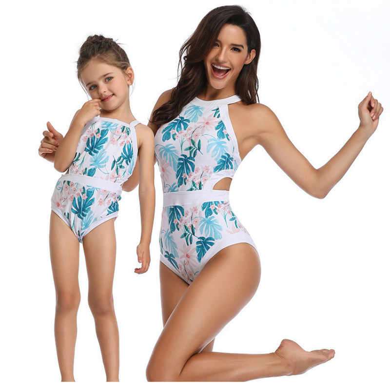 b0c0506e79 ... 2019 Mother And Daughter Swimsuit Family Look Mommy and Me Swimwear One-piece  Mom and ...