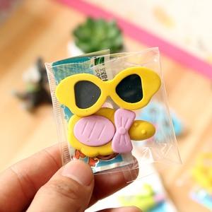 Image 4 - 48 saco/lote anel criativo das senhoras, batom, óculos de sol, borracha/borracha dos desenhos animados/artigos de papelaria do estudante/presente das crianças