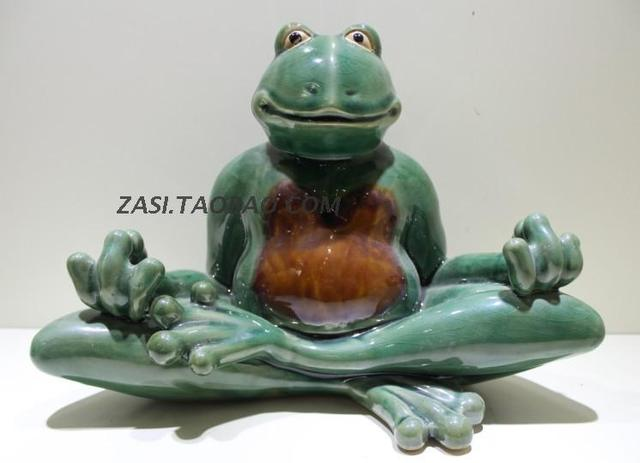 Ceramic Creative Retro Yoga Frogs Figurine Home Decor