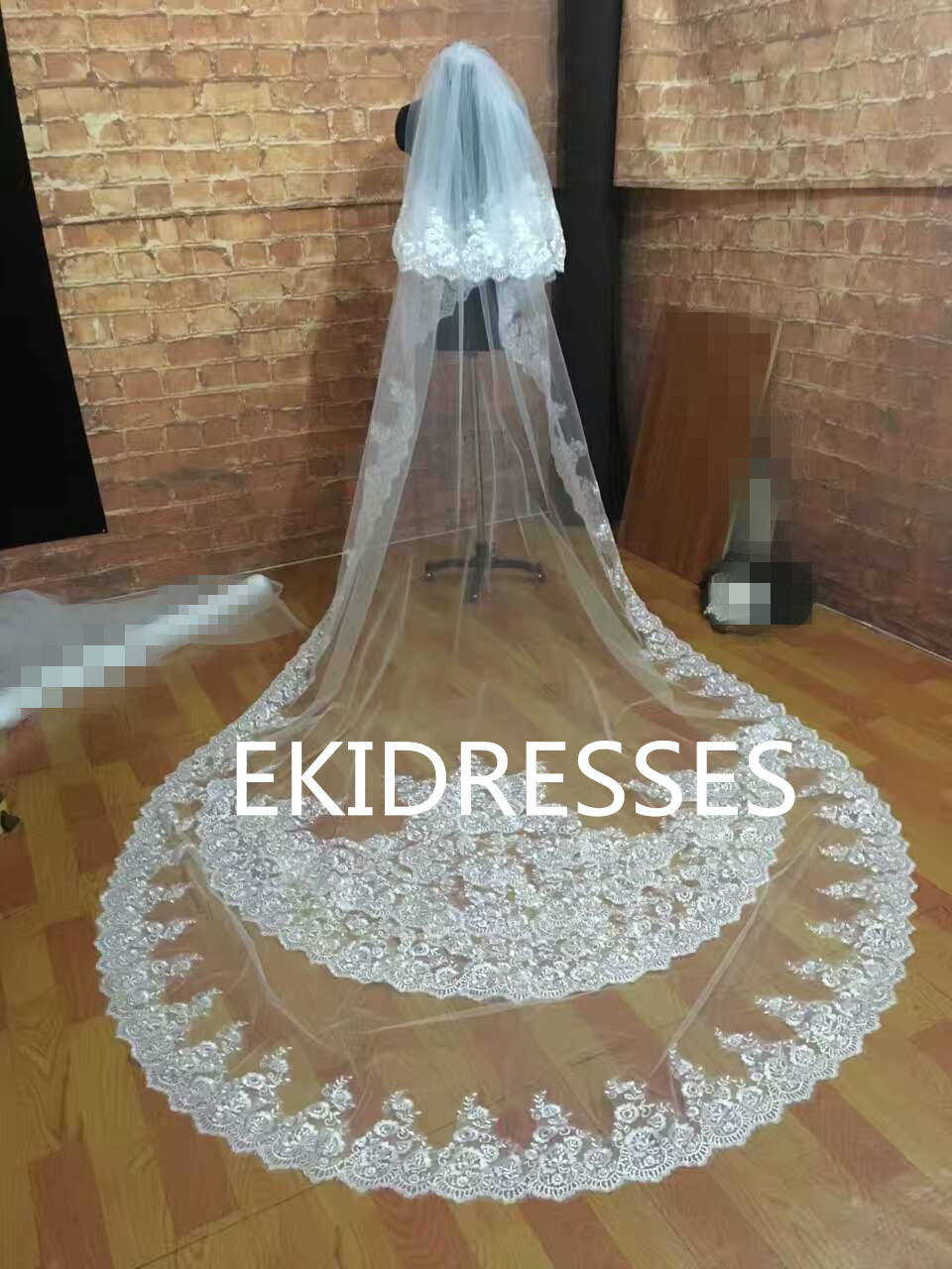 Luxury Real Image Wedding Veils Three Meters Long Lace Applique Two Layers Cathedral Length Bridal Veil In From Weddings Events
