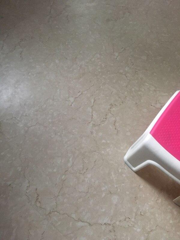 Marke Neue selbstklebende Stein korn pvc bodenbelag kunststoff boden fliesen wasserdichte tapete 10 Quadratmetern (1 pack 50 stück) - 2