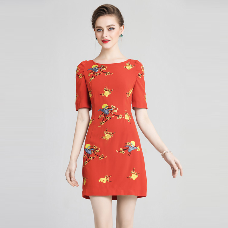 Euorpean 2018 Floral Embroidery Dress Women High Quality Half Sleeve Above Knee Mini Slim Female Elegant Dresses
